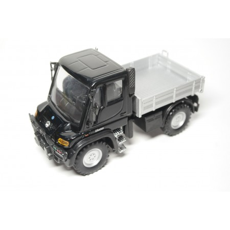 Welly Mercedes-Benz Unimog U400 2000 - Black