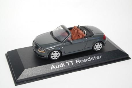 Minichamps Audi TT Roadster quattro 8N 1999 - Arrow Gray