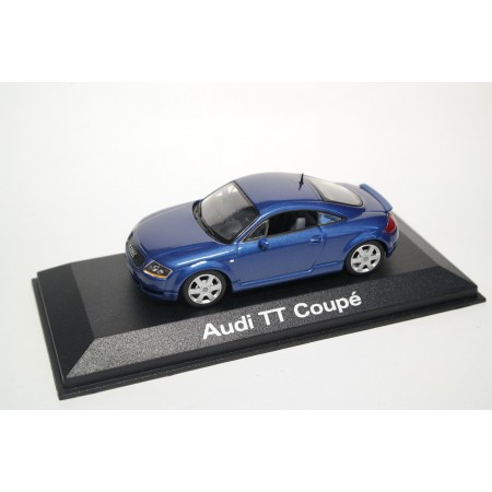 Minichamps Audi TT Coupé quattro 8N with rear spoiler 2000 - Denim Blue Pearl