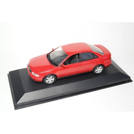 Minichamps Audi A4 Limousine B5 1994 - Laser Red