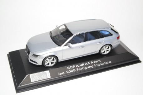 Minichamps Audi A4 Avant 3.2 quattro B8 2008 - Ice Silver Metallic