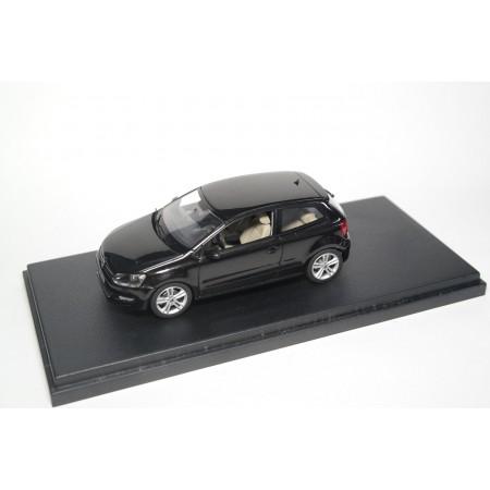 Schuco Volkswagen Polo V TDI 6R 3-door 2009 - Deep Black Pearleffect