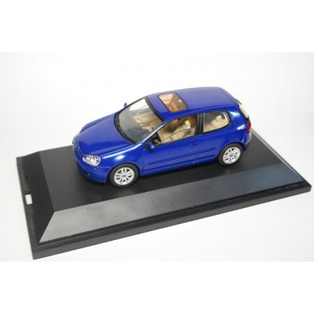 Schuco Volkswagen Golf V 3-door 2003 - Laser Blue Metallic