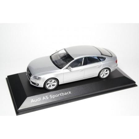 Schuco Audi A5 Sportback 3.2 quattro 8T 2009 - Ice Silver Metallic