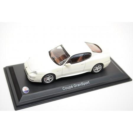 Leo Models Maserati Coupé GranSport 2005 - Bianco Fuji Pearlescent