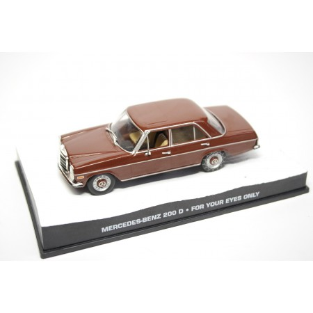 "Altaya Mercedes-Benz 200D W115 ""For Your Eyes Only (1981)"" 1974 - Brown Metallic"