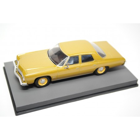 "Altaya Chevrolet Bel Air ""Live and Let Die (1973)"" 1973 - Gold Metallic"
