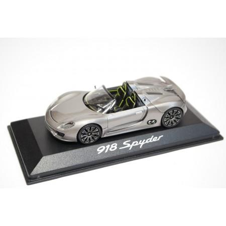 Minichamps Porsche 918 Spyder IAA 2013 - Liquid Metal Silver