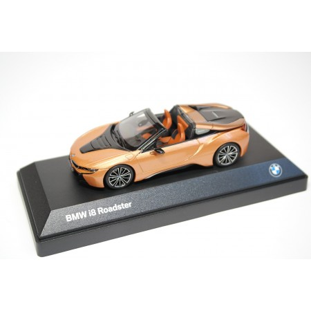 Minichamps BMW i8 Roadster 2018 - E-Copper Metallic/Frozen Gray Accent
