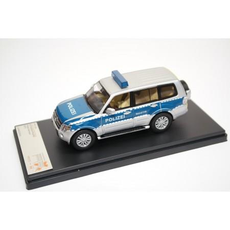Premium X Mitsubishi Pajero IV V80 Polizei Hessen 2012 - Cool Silver Metallic