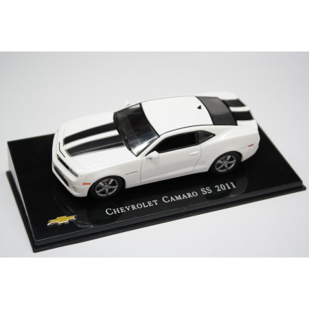 1/43 Hachette DC201 Chevrolet Camaro SS 2011 - White/Black, Chevrolet Collection #11