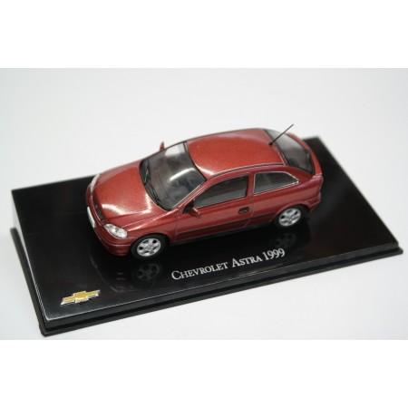 Hachette Chevrolet Astra 3-door 1999 - Barolo Red Metallic