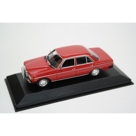 Maxichamps Mercedes-Benz 230 E W123 1982 - Signal Red