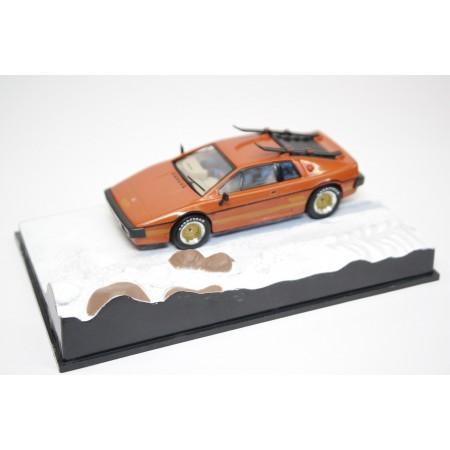 "Altaya Lotus Esprit Turbo Series III Type 82 ""For Your Eyes Only (1981)"" 1981 - Burnt Orange"