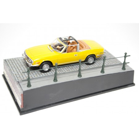 "Altaya Triumph Stag Mark I LD14 ""Diamonds Are Forever (1971)"" 1970 - Yellow"