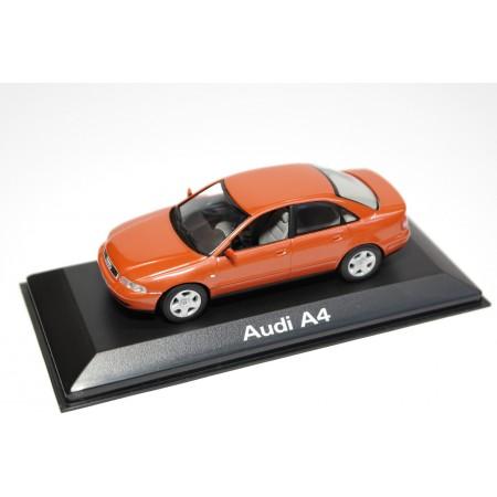 Minichamps Audi A4 B5 Facelift 1999 - Jaipur Red Metallic