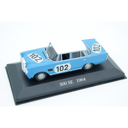 Altaya Mercedes-Benz 300 SE W112 #102 24h Spa, Crevits/Gosselin 1964 - Blue