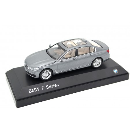 iScale Paragon BMW 7 Series 750Li xDrive G12 2015 - Arctic Grey Metallic