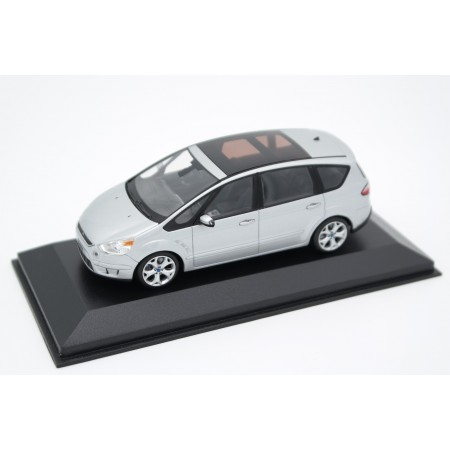 Minichamps Ford S-Max Mk.1 2006 - Moondust Silver Metallic