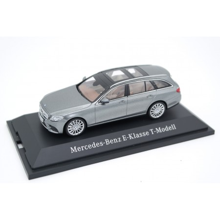 Kyosho Mercedes-Benz E-Class T-Model AMG Line S213 2016 - Selenite Grey Metallic
