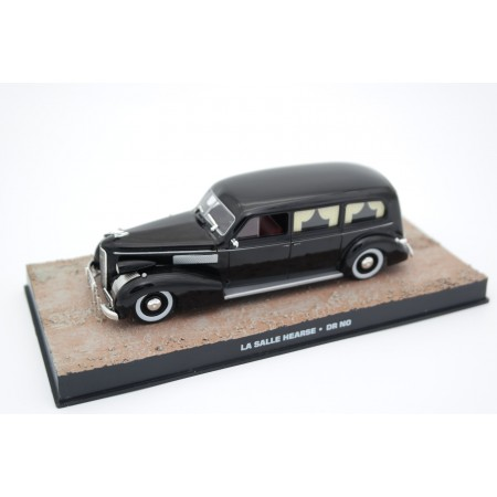"Altaya LaSalle Series 50 Funeral Coach Miller Combination ""Dr. No (1962)"" 1939 - Black"
