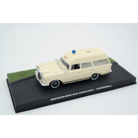 """Altaya Mercedes-Benz 190 Ambulance Binz Europ 1100 W110 """"Thunderball (1965)"""" 1964 - Ivory Beige"""