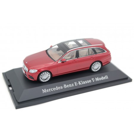 Kyosho Mercedes-Benz E-Class T-Model AMG Line S213 2016 - Designo Hyacinth Red Metallic