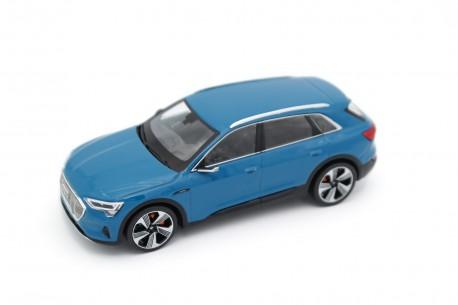 Spark Audi e-tron 55 quattro GE 2018 - Antigua Blue