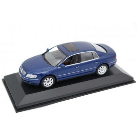 Minichamps Volkswagen Phaeton 6.0 W12 GP1 2002 - Inky Blue Metallic