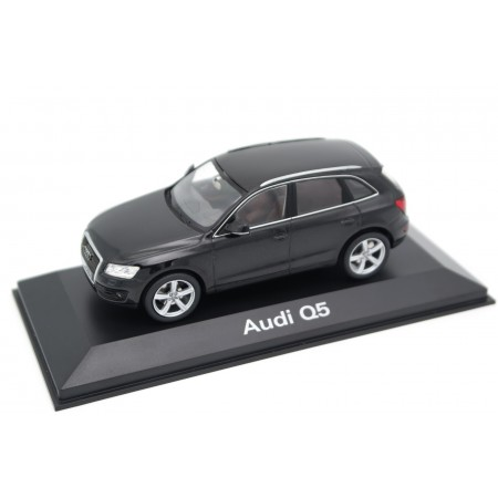 Schuco Audi Q5 3.0 TDI 8R 2008 - Phantom Black Metallic