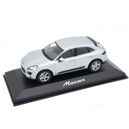 Minichamps Porsche Macan 2.0 L4 95B 2014 - Rhodium Silver Metallic