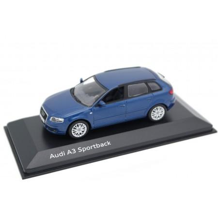 Minichamps Audi A3 Sportback 3.2 quattro 8PA 2004 - Mauritius Blue Metallic