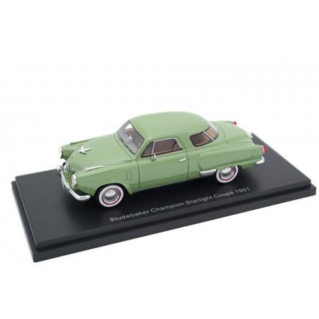 BoS-Models Studebaker Champion Starlight Coupe 1951 - Chippewa Green