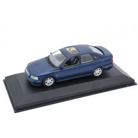 Minichamps Volvo S40 Saloon MK I 1996 - Dark Blue