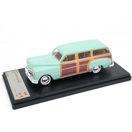 Premium X Dodge Coronet Woody Station Wagon 1949 - Island Green with Woodpanels