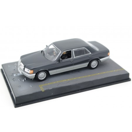"Altaya Mercedes-Benz S-Class W126 ""Tomorrow Never Dies (1997)"" 1986 - Dark Grey Metallic"