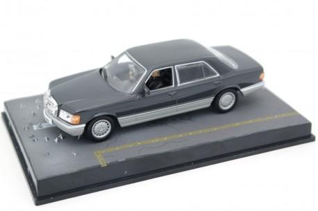 "Altaya Mercedes-Benz S-Class W126 ""Tomorrow Never Dies (1997)"" 1986 - Dark Grey Metallic"