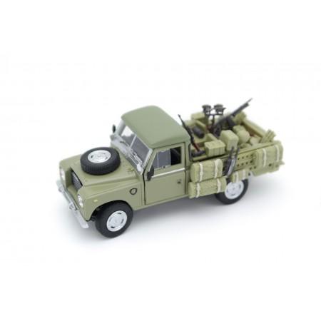 Land Rover Series III 109 Military