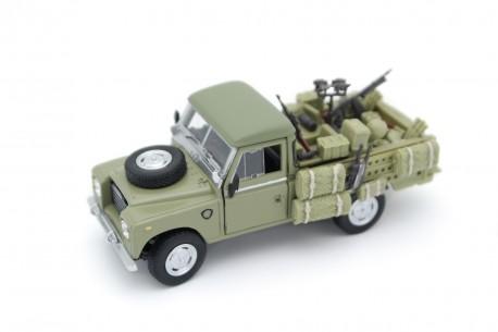 Cararama Land Rover Pickup Series III 109 Military Vehicle 1961 - Military Green