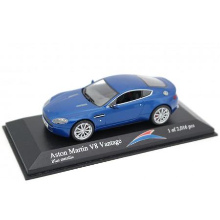 Minichamps Aston Martin V8 Vantage Coupé 2005 - Vertigo Blue Metallic