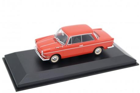 Maxichamps BMW 700 LS Luxus 1962 - Oleander Red
