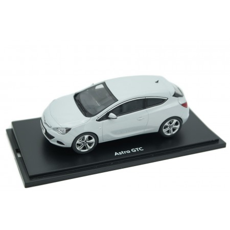 Motorart Opel Astra J GTC 2011 - Mineral White Metallic
