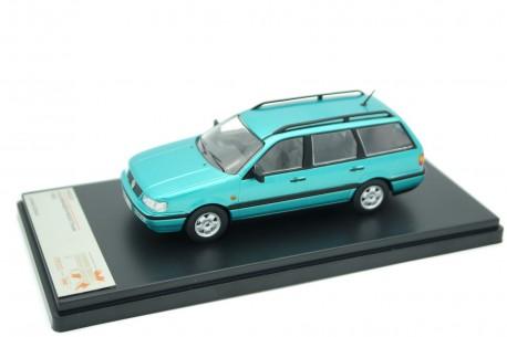 Premium X Volkswagen Passat Variant B4 GL 1993 - Aqua Green Metallic