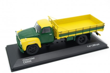 Whitebox Chevrolet C6500 Farm Truck 1958 - Golden Yellow/Forest Green