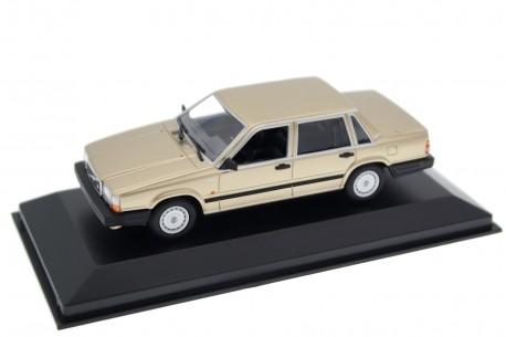 Maxichamps Volvo 740 GL 1986 - Gold Metallic