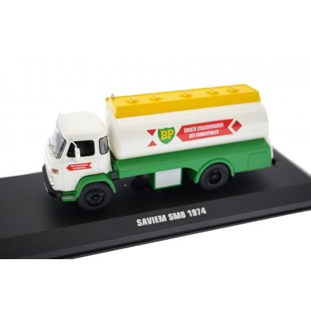 IXO Saviem SM8 Tanker British Petroleum 1974 - White/Green/Yellow