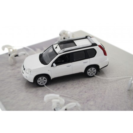 Norev Nissan X-Trail Extremely Capable T31 2007 - Pearl White Metallic