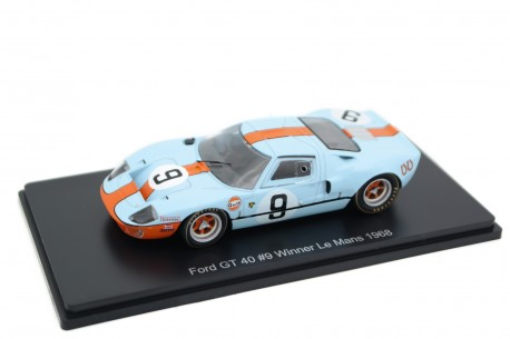 """Spark Ford GT 40 #9 """"JW Automotive Engineering"""" Winner 24 Hours of Le Mans 1968 - P.Rodriguez/L.Bianchi"""