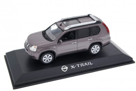 Norev Nissan X-Trail T31 2007 - Platinum Graphite Metallic