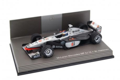 """Minichamps McLaren MP4/13 #8 """"West McLaren Mercedes"""" World Champion Formula 1 1998 - Mika Häkkinen"""